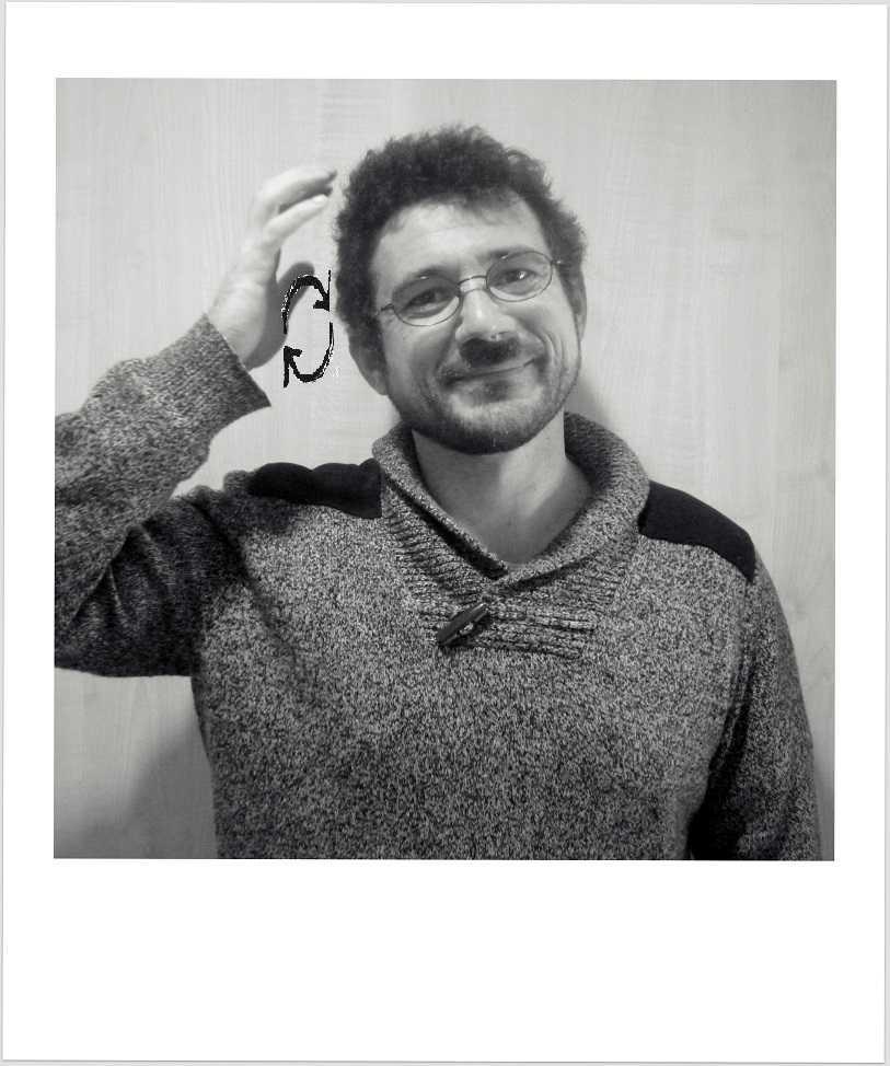 Photo et signe de Loïc Le Minor